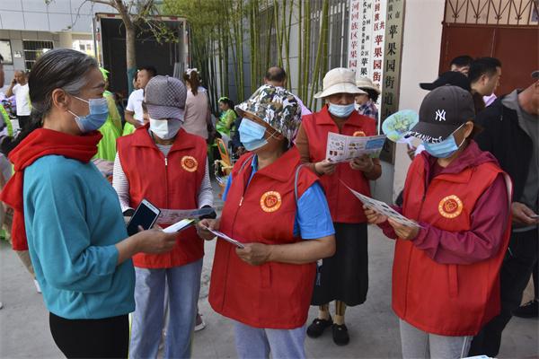 开封【乐邻社区志愿服务站】让我们共同行动起来,培养垃圾分类的好习惯,用实际行动改善生活环境,为绿色发