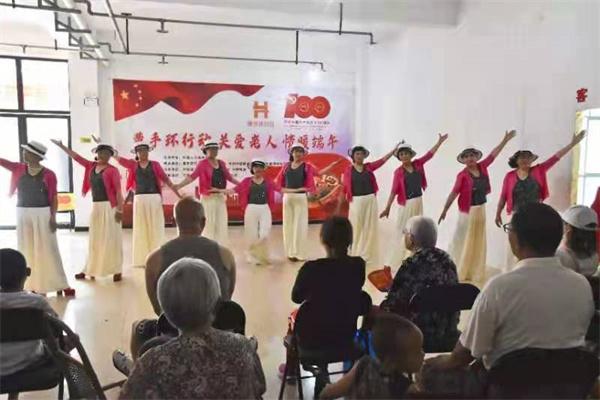 开封【黄手环行动】传承传统文化,感受传统文化的魅力,传递了节日的温暖
